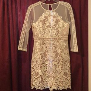Dresses & Skirts - White lace embroidered mini dress